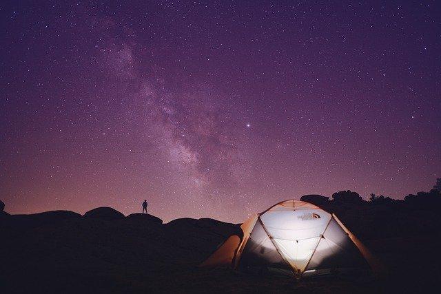 šator-kampiranje